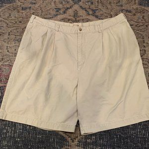 Old Navy light khaki pleated front chinos 44